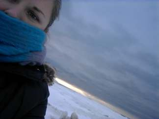 winter beach selfie