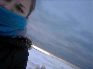 winter beach selfie